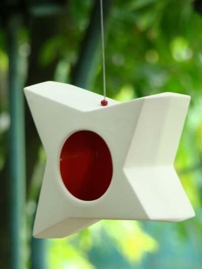 lanterne de jardin design le blog ma d coration maison. Black Bedroom Furniture Sets. Home Design Ideas