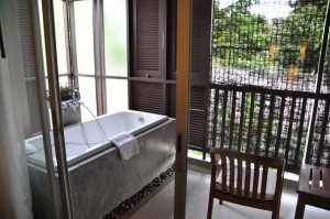 Baignoire-sur-la-terrasse