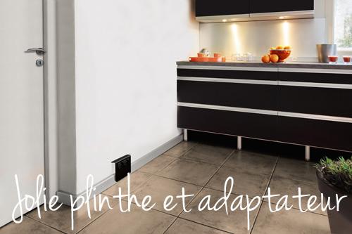Plinthe_alu_+_adaptateur_noir