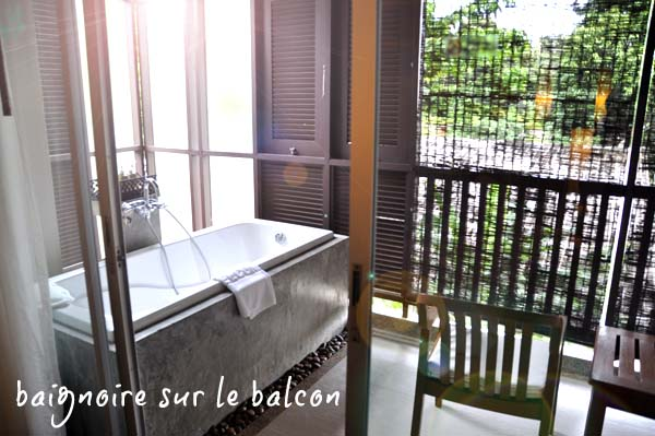 Baignoire-balcon