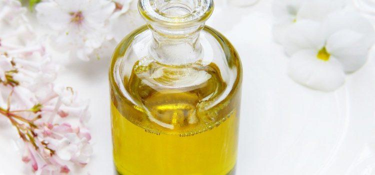 Décorer et parfumer un intérieur grâce à la lampe à catalyse