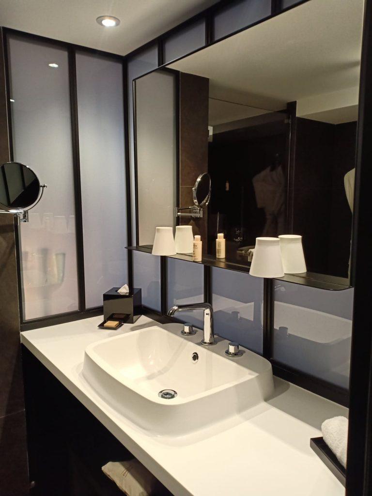 Hotel balthazar rennes salle de bain