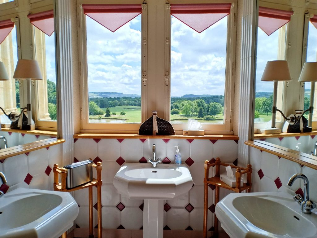 Hotel golf chateau de Chailly France - wc
